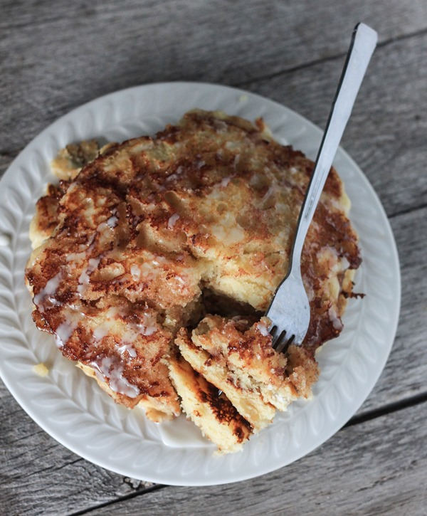 gluten free cinnamon roll pancakes