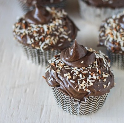 Cupcakes with Chocolate Coffee Frosting and Toasted Coconut