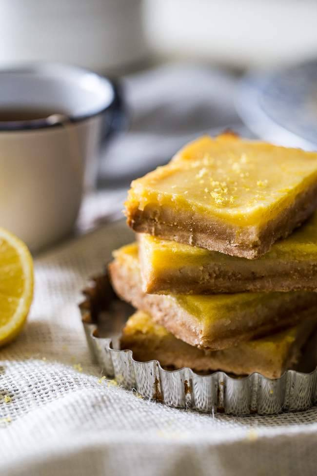 Easy paleo desserts in 45 minutes or less: Lemon Bars from Food Faith Fitness
